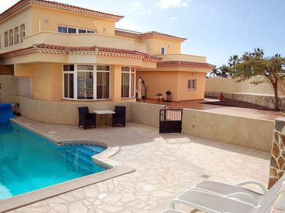 Photo for Alamos Park, Golf Del Sur - Huge 4 bed villa with heated pool