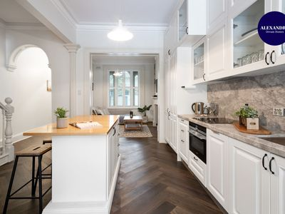 Photo for LUXE SURRY HILLS // 4 BEDROOMS // PERFECT LOCATION