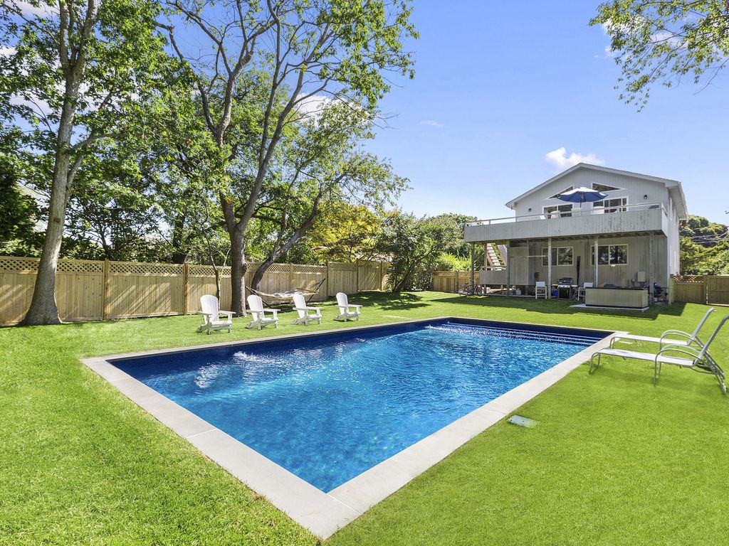 Montauk 5 bedroom beach house with pool hot tub cac in for 5 bedroom house with pool