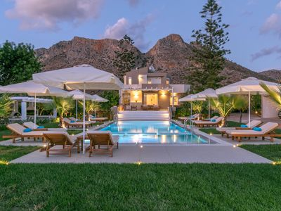 Photo for VIP Villa 400m From Stavros Beach Chania
