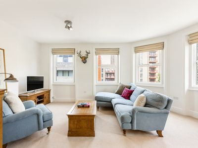 Photo for Charming 1Bed Apt in Greenwich & close to DLR