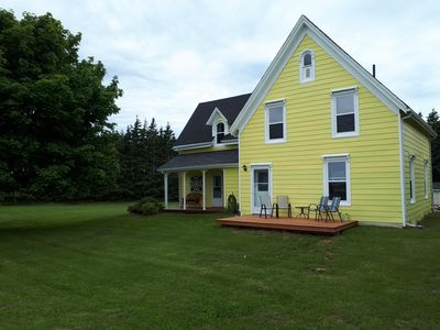 Photo for Stone's Throw Farmhouse...a stone's throw from the best the Island has to offer.