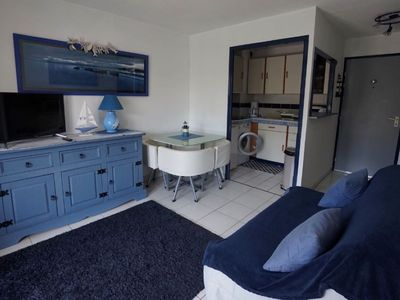 Photo for Beautiful T2 in residence with swimming pool 50 m from the beach
