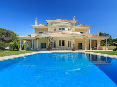 Photo for Luxury villa with modern interior and extra large pool in Vila Sol. A few minutes drive from the Marina C611