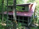 4BR Cabin Vacation Rental in Oneida, Tennessee