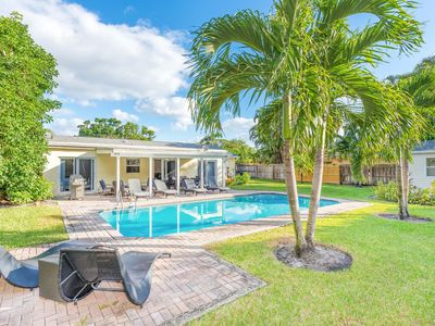 Photo for Roomy 5BR Villa w/ Heated Pool, Near Downtown at the Gardens & 5-Star Beaches