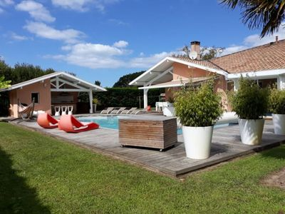 Photo for Rent House with heated pool, near beaches