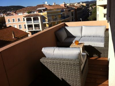 Photo for Ste-Maxime, appart. 2 p. Cabin, air-conditioned, 200m beach + port, garage, all on foot