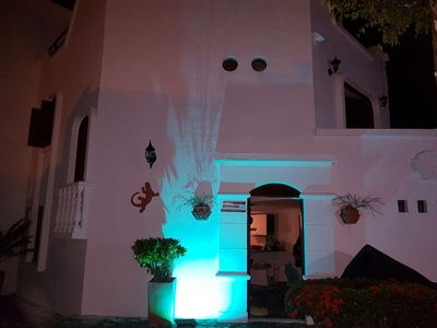 Photo for Cozy and comfortable Mediterranean cottage with comfortable terrace and jacuzzi.