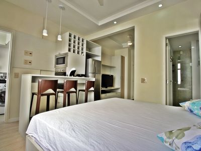 Photo for Luxury studio apartment just a few steps from Ipanema beach