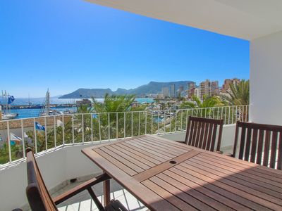 Photo for Apartment with sea views and air conditioning - Sailboat