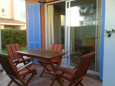 Photo for 1 bedroom garden apartment    Wi-Fi, Freesat TV, close to beach and town centre.