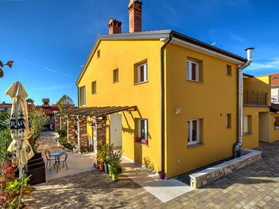 Photo for Vacation home Mario in Novigrad (Istra) - 6 persons, 3 bedrooms