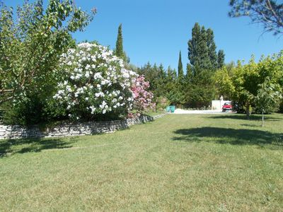 Photo for Beautiful Provencal Villa between vineyards and lavender