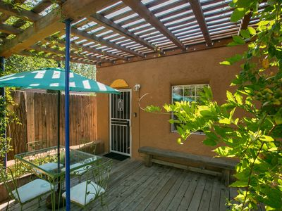 Photo for Beautiful southwest casita in walking distance to historic Nob Hill on Route 66.