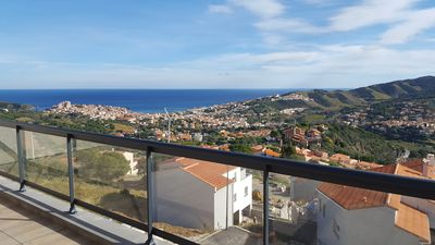 Photo for Villa 200 m² with swimming pool, sea view and private elevator