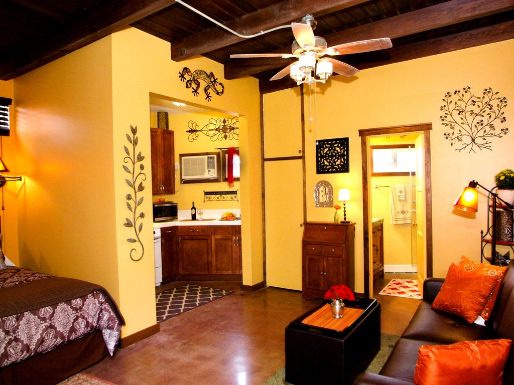 Guest homes for rent in los angeles - Property Image 2 Cozy Spanish Guest House Close To Universal Studios Disney