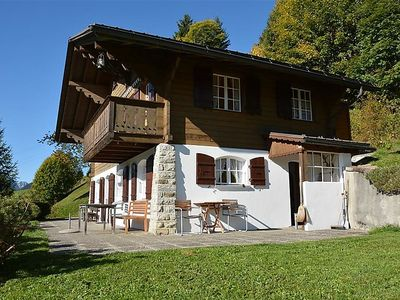 Photo for Apartment La Ruche, Chalet in Saanenmöser - 9 persons, 5 bedrooms