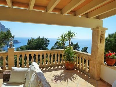 Photo for Family villa with pool and fantastic sea views in Cala Llamp, Port de Andratx