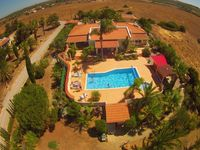 Quiet.clean.nice pool.central Algarve location!