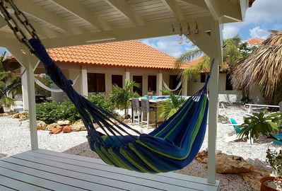 5 relaxing hammocks at your disposal
