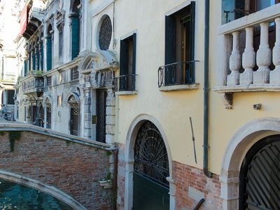 Photo for Apartment in the center of Venice with Internet, Balcony, Washing machine (632924)