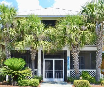 Photo for Charming 4 bedroom, 3.5 bath beach house located in Seacrest Beach!