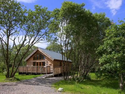 Photo for Charming Log Cabin with bags of character.