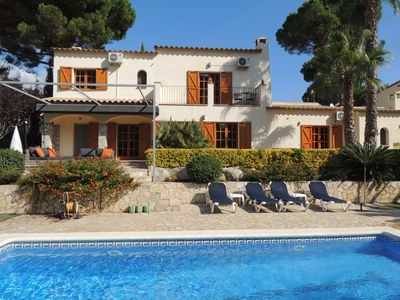 Photo for Luxury villa in Calonge, near Sant Antoni beach, tranquility, space, nature, culture