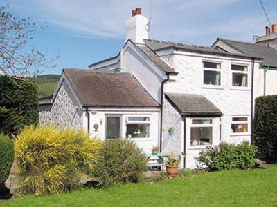 Photo for 3 bedroom property in Dolwyddelan and Penmachno. Pet friendly.