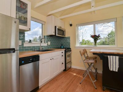 Photo for Bright 1 bedroom backyard guesthouse in the vibrant Columbia City neighborhood.