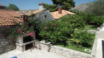 Photo for Charming 4 bedroom villa in old part of Cavtat