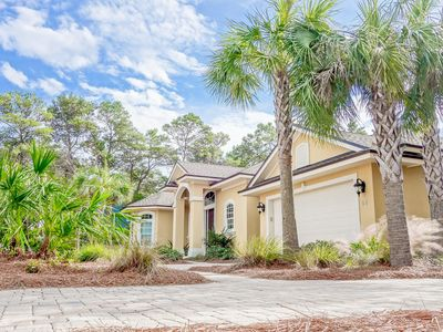 Photo for Seagrove Beach - 3 Bedroom - Private Pool - sleeps 8 - Free WiFi
