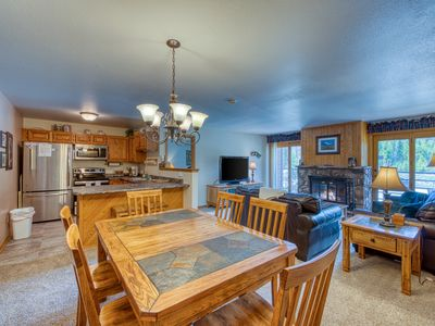 Photo for Cozy condo with shared pool, hot tub, gym, and game room - close to skiing