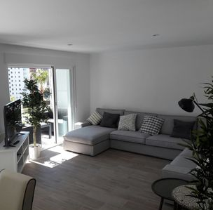 Photo for Spacious and stylish apartment all renovated in benidorm
