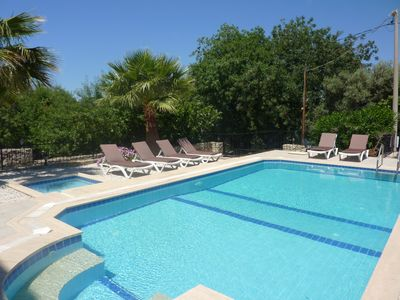 7 bedroomed detached villa with pool
