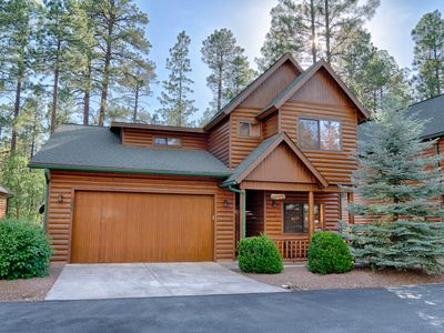 """Beautiful NEWLY REMODELED 5-Star home in gated community of """"Pinetop Crossings"""""""