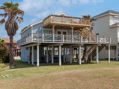 Sea La Vie - Beachside in Spanish Grant with covered and uncovered decks!