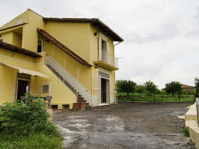 Photo for Detached house with great views on the Etna volcano and a private swimmingpool