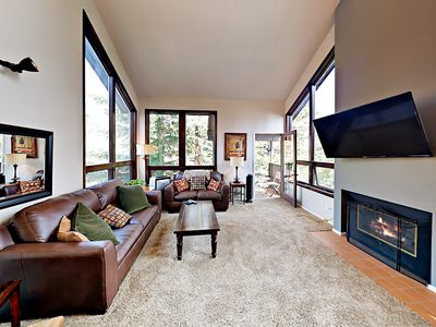 Photo for Fall Savings! Spacious 4BR Townhouse Near Gondola w/ Pool, Hot Tub & Tennis