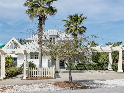 Photo for Book your fall getaway at Quiet Cottage: 4 BR/3 BA House in Fort Morgan Sleeps 12