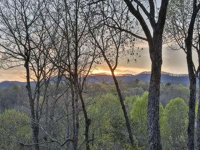 Photo for Longview - Gorgeous Log Home With Fabulous Sunset Views - Lake Access