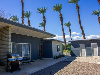 Photo for New! CV Crash Pad A: 2  Cozy King Beds, Wifi, Full Kitchen & Washer/Dryer!