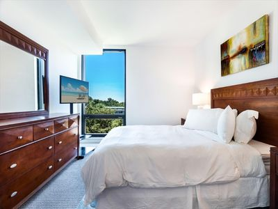 Photo for Cozy 2 Bedroom Apartment | Reston Town Center | Upscale Amenities | by GLS