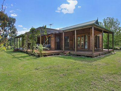Photo for Beechworth Cedar Cottages - Drummond 2