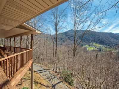 Photo for 3 BD 2.5 BA Private, Paved Access, Garage, Golf Course Views, Wi-Fi, Sm. Pets