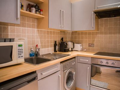 Photo for (F3) Executive 2 Bedroom Apartment in Mayfair - Oxford Circus