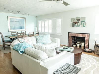 Photo for Adorable Lido Beach Home- walk to beach and St. Armand's