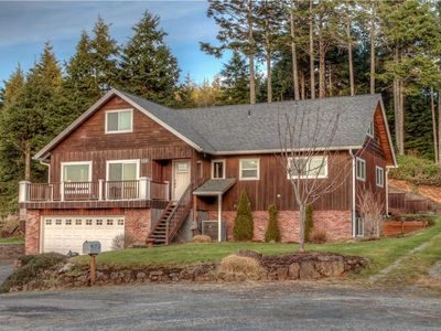 Photo for Ocean & Mountain Views, Five King Bedrooms and Lots of Family Fun!