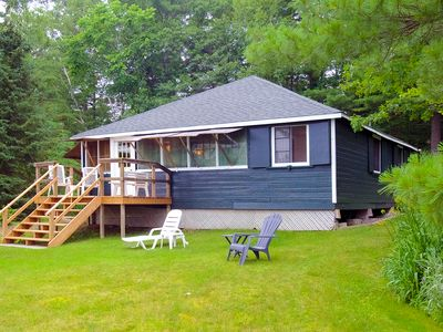 Photo for Lovely 3-bedroom cottage on Pine Lake, near Gravenhurst, Ontario